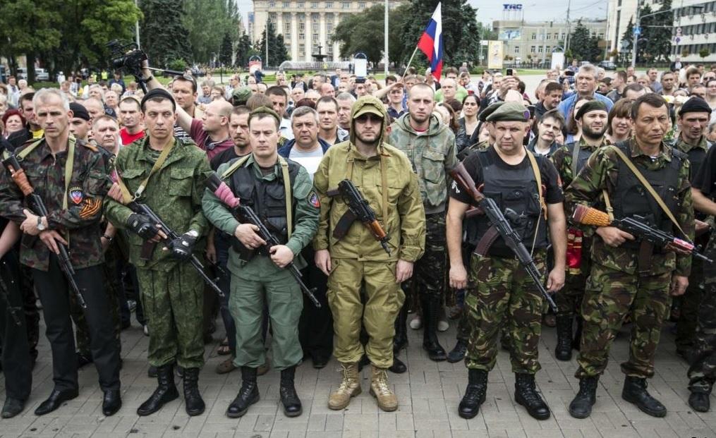 Украинские силовики обстреляли изтанков северную окраину Донецка